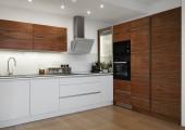 Kuchyně se skleněnou pracovní deskou